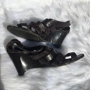 💥5/$25 Strappy Croc Effect Wedge Sandals
